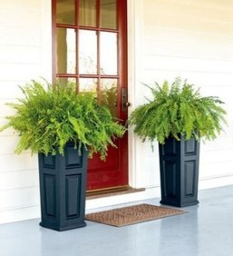 Adorable Porch Planter Ideas That Will Give A Unique Look18
