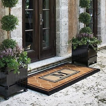 Adorable Porch Planter Ideas That Will Give A Unique Look27