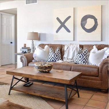 Affordable Family Room Décor Ideas For Your Family12