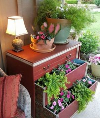 Fancy Diy Flower Beds Ideas For Your Garden40