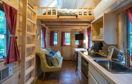 Rustic Tiny House Design Ideas With Two Beds34