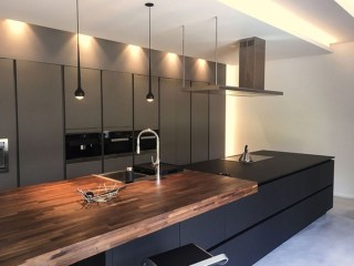Elegant Black Kitchen Design Ideas You Need To Try20