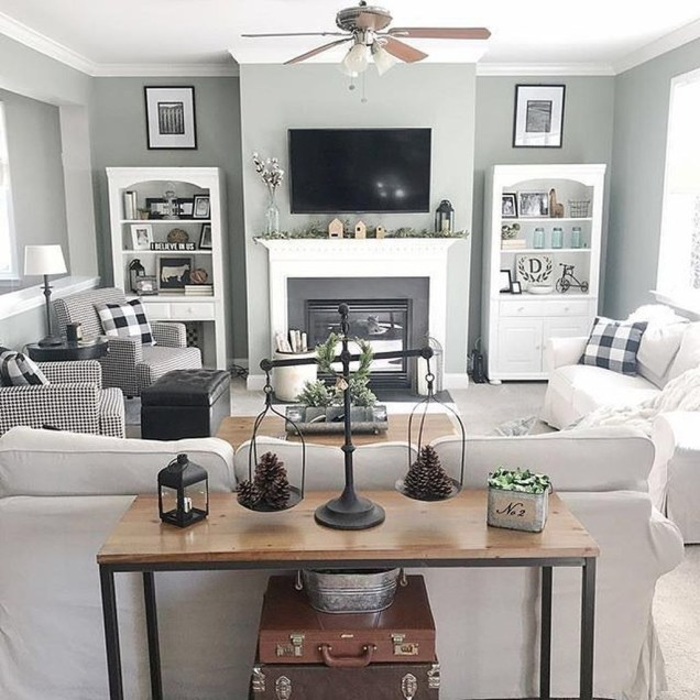 Comfy Living Room Decor Ideas To Make Anyone Feel Right At Home49