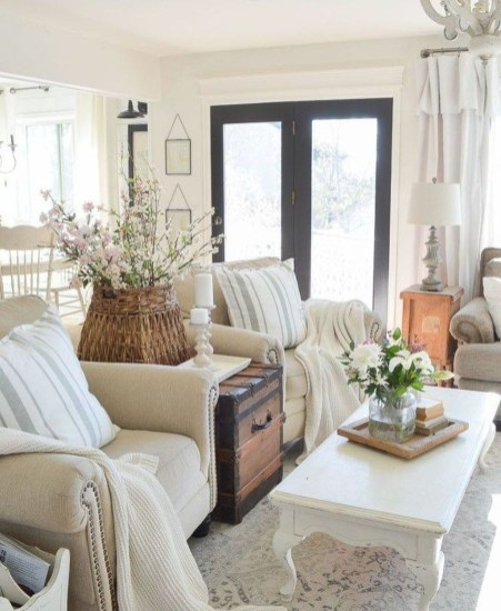 Cool Farmhouse Living Room Decor Ideas You Must Have09