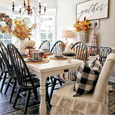 Excellent Fall Decorating Ideas For Home With Farmhouse Style12