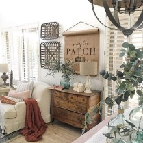 Excellent Fall Decorating Ideas For Home With Farmhouse Style26