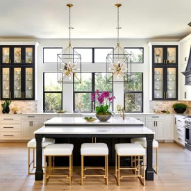 Incredible Black And White Kitchen Ideas To Try32
