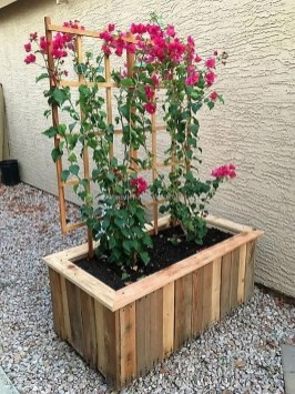 Pretty Privacy Fence Planter Boxes Ideas To Try27