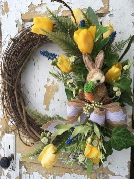 Pretty Wreath Decor Ideas To Hang On Your Door33