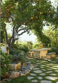 Chic Small Courtyard Garden Design Ideas For You06