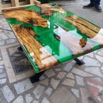 Classy Resin Wood Table Ideas For Your Furniture27