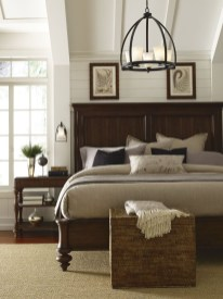Cute Chandeliers Decoration Ideas For Your Bedroom01