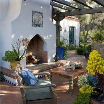 Extraordinary Mediterranean Farmhouse Design For You46