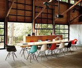 Stunning Dining Room Design Ideas With Multicolored Chairs25