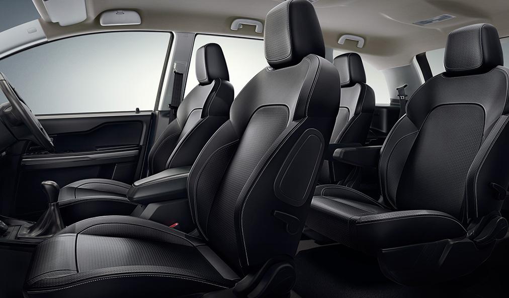 tata-hexa-seating-capacity-2016