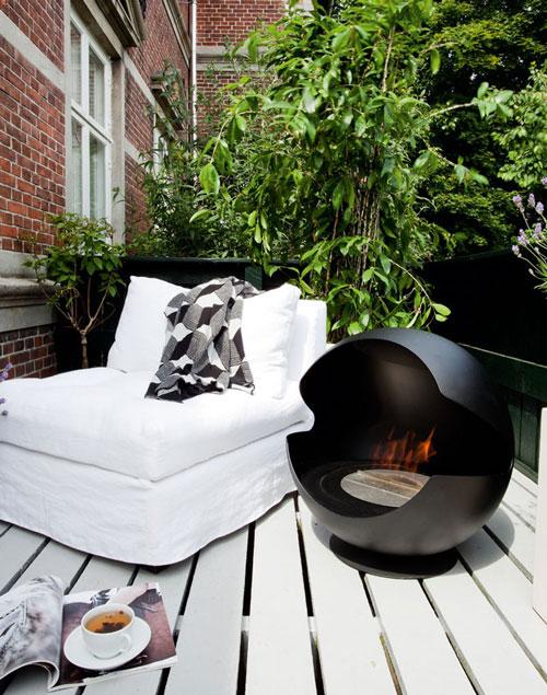 Indoor Outdoor BioEthanol Fireplace by Vauni