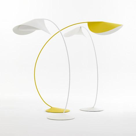 elegant-floor-lamps-circle-de-padova-1.jpg