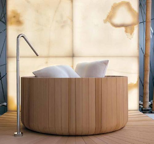 Cedar Strip Bathtub