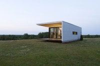 Compact House Addition Transforms Into Guesthouse Or Shed ...