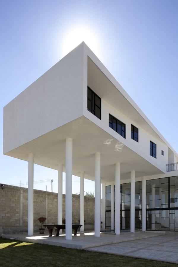 Modern Hacienda Style Home Built Pillars House