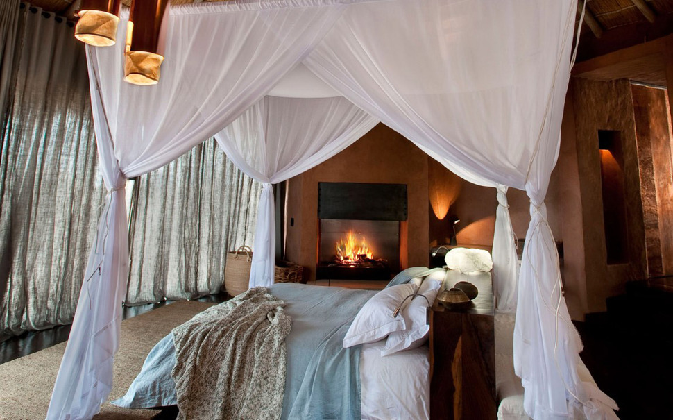South African Villa with Cave Like Interiors and