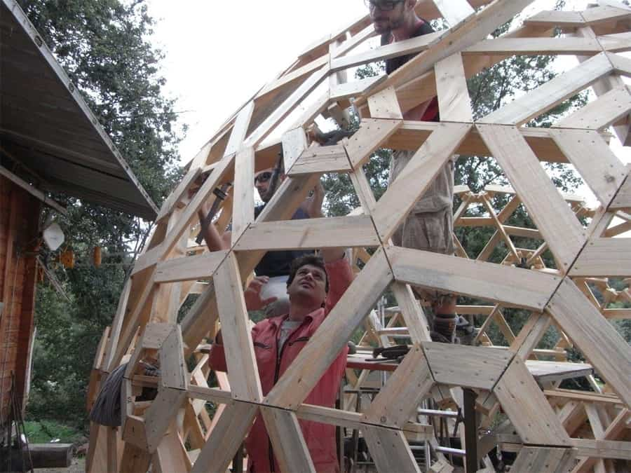 DIY Wooden Dome Built From Pallets  Modern House Designs