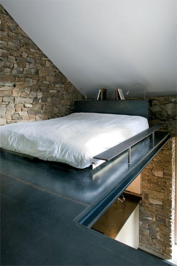 https://i0.wp.com/www.trendir.com/house-design/glass-and-brick-houses-belgium-7.jpg