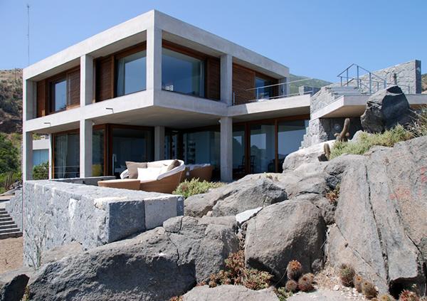 Contemporary Coastal Homes On A Rocky Shore Of Punta Pite