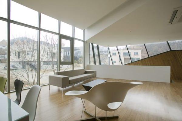 Zen Style Architecture Brings Calm to Korean City  Modern House Designs