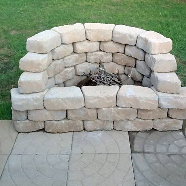 How to Be Creative with Stone Fire Pit Designs: Backyard