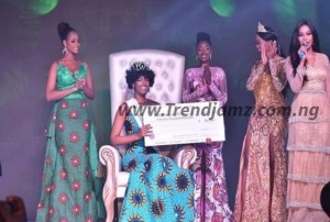 VIDEO: Miss Congo Dorcas Kasinde's Wig On Fire After She Was Crowned Miss Africa 2018