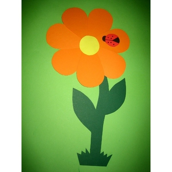Basteln mit Tonpapier Frühling eine schöne Bastelide