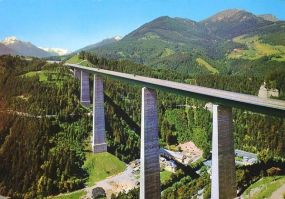 Europabrücke Bridge, Innsbruck, Austria - Best places to bungee jump - 2018 - TrendMut- USA 2