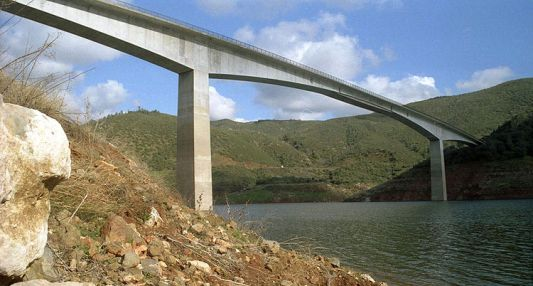 Parrotts Ferry Bridge by Bungee Experience in Pioneer, California - Best places to bungee jump - 2018 - TrendMut- USA