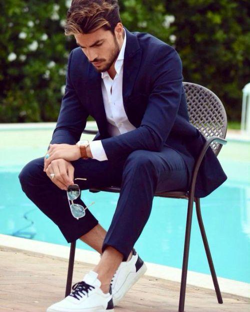 sitting-posing-tips