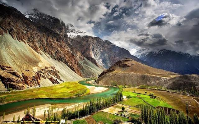 Traveling to Pakistan - Trip to Pakistan