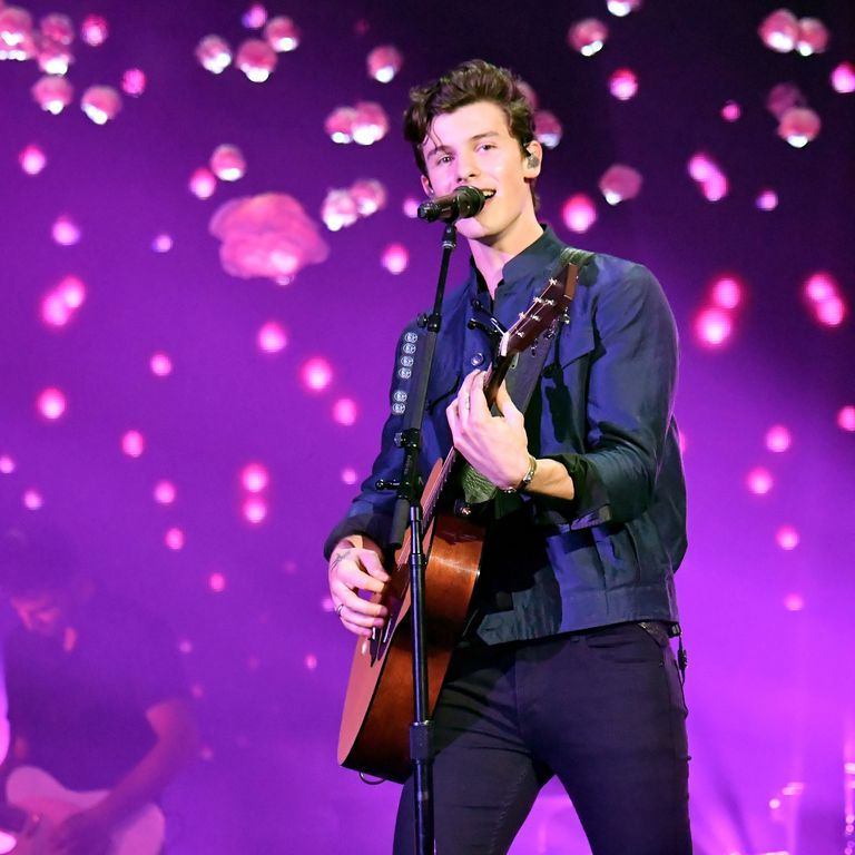 shawn-mendes-performs-onstage-during-the-2018-victoria-secret