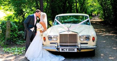 5 Best Luxury Cars to Add Glamor to Your Wedding
