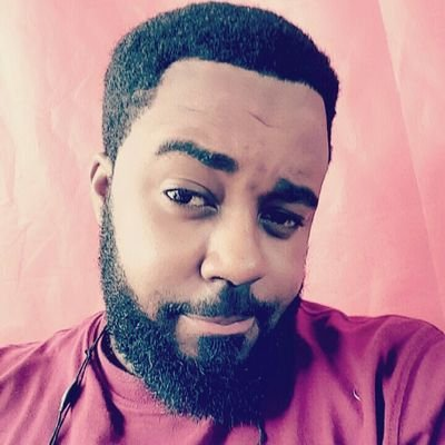 """""""Do not marry any girl who earns less than N200k monthly"""" — This Nigerian Guy says"""