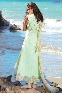 1582-CLOVER-GREEN EMBROIDERED LAWN UNSTITCHED 5,790