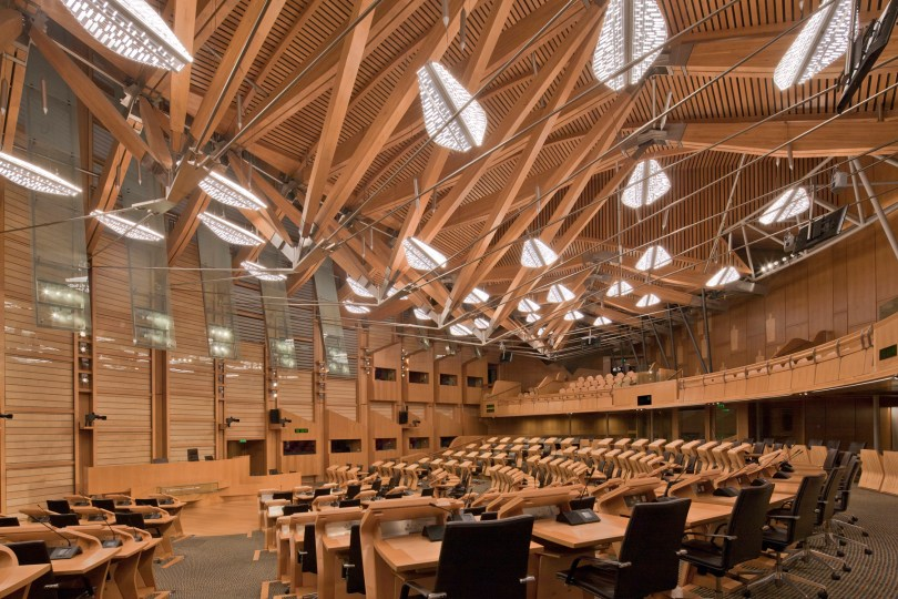 "<p align=""left"">Scottish Parliament Debating Chamber, Edingburgh by KSLD</br>Codega Awards 2018</br></br> <a href=""https://www.trends.lighting/ksld-received-the-first-prize-for-lighting-design-at-the-codega-awards-2018"" style=""background-color:#ffffff"">Read more...</a> </p>"