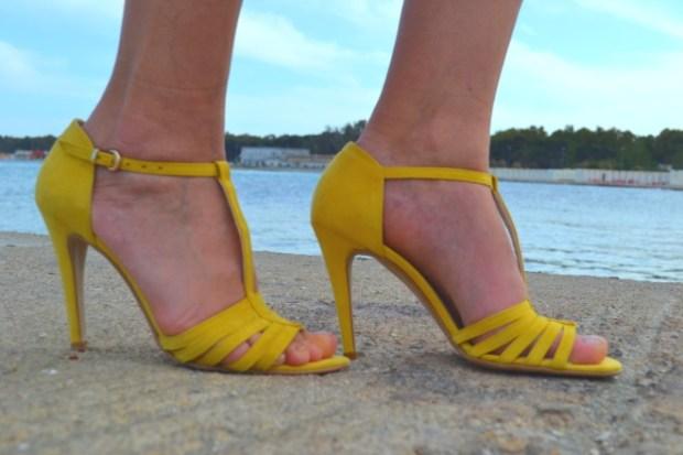 scarpe gialle estive