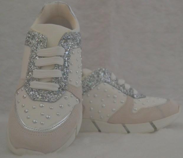 100% authentic c9d37 7b2e2 Collezione autunno inverno 2016 di Melania scarpe per bambini