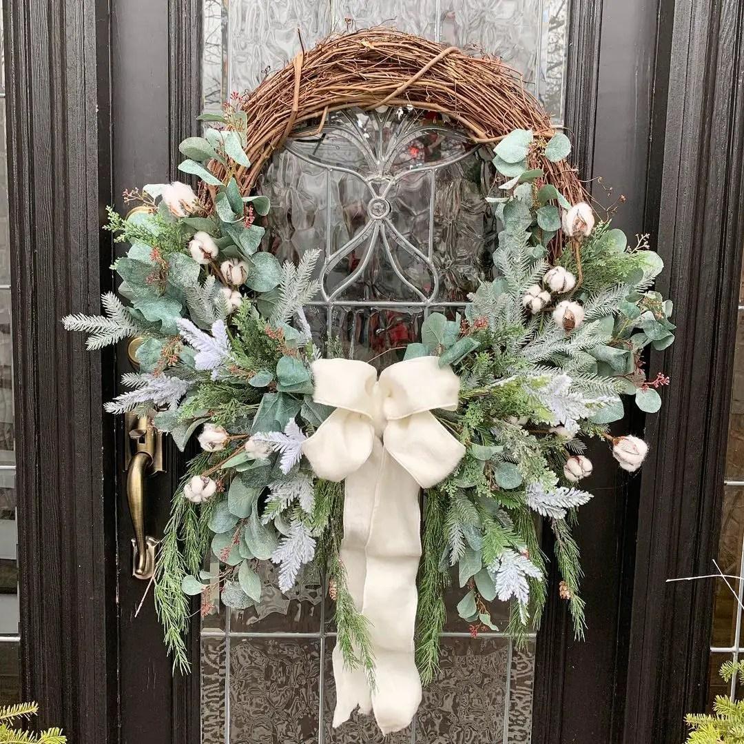 winter-front-door-wreath