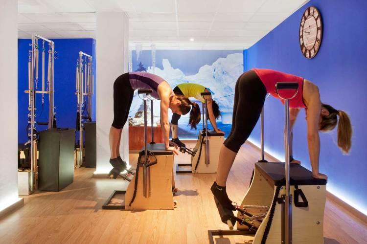 Más de 300 ejercicios para practicar pilates maquinas