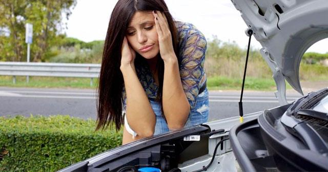 Así debes revisar tu coche antes de una escapada de verano
