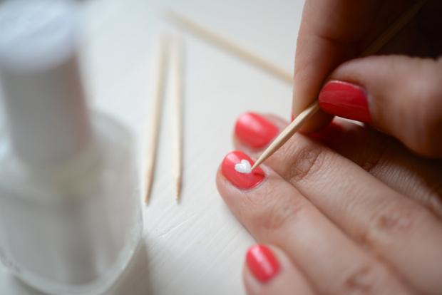 Manucure Inspiration Heart Nail Polish