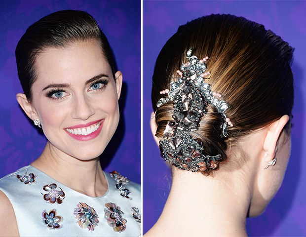 Allison Williams hair accessorize