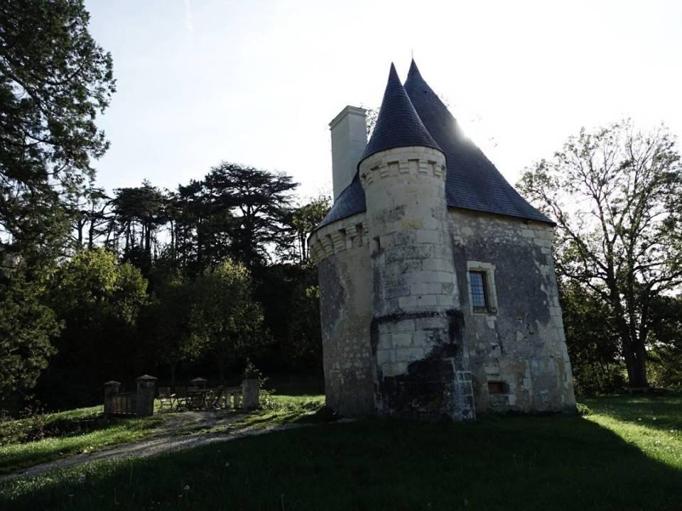 Mini Chateau Montgoger