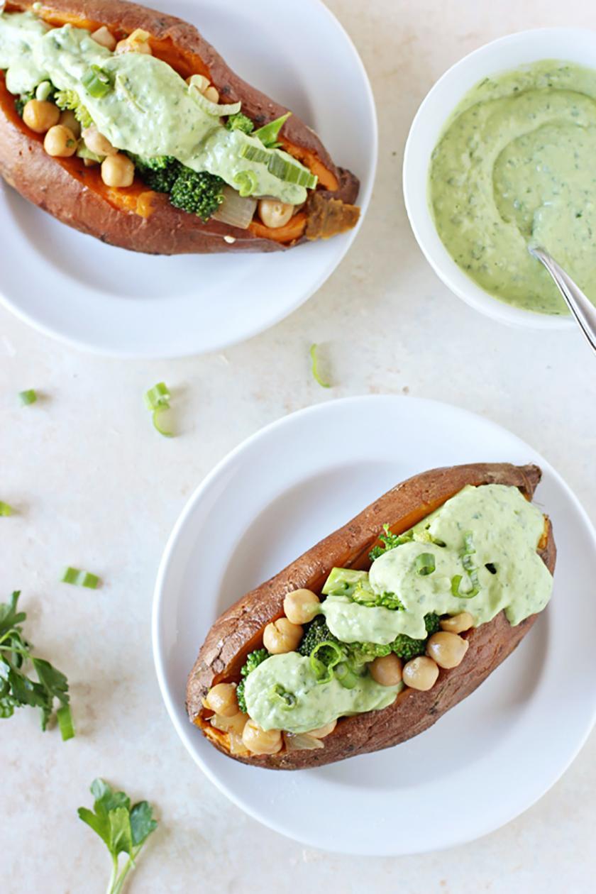 Recette végétarienne Pinterest - Patates douces farcies